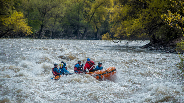Rafting in Tartar