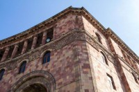 The Colors of Yerevan: Buildings and statues of pink city