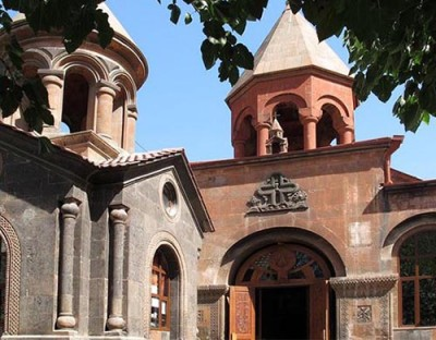 Zoravar Surb Astvatsatsin Church