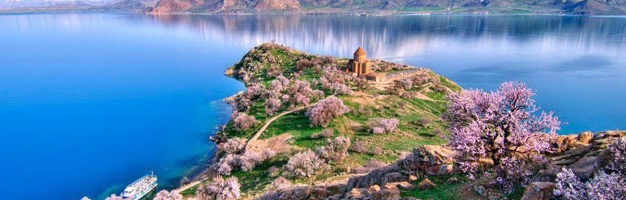 What time of year is the best to visit Armenia?