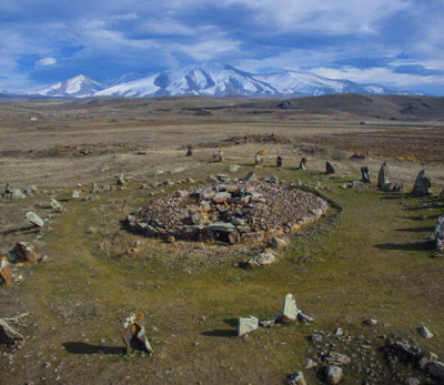 the-armenian-stonehenge-zorac-karer