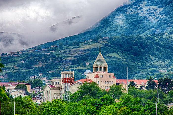Discovering Artsakh